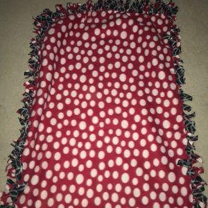 Two Pattern Fleece One Person Tie Blanket